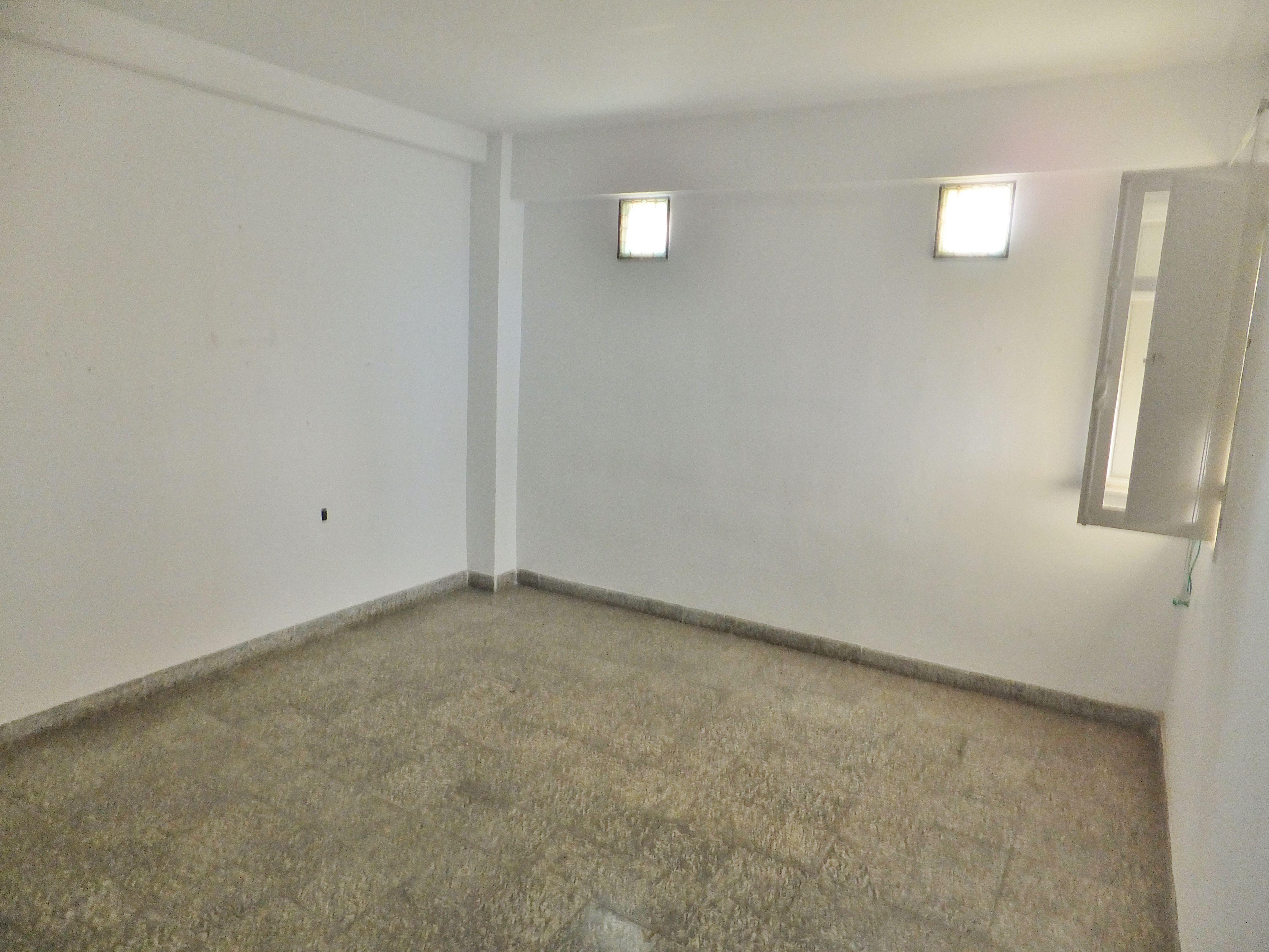 Dscf4310 inmobiliaria piquer for Oficina catastro almeria