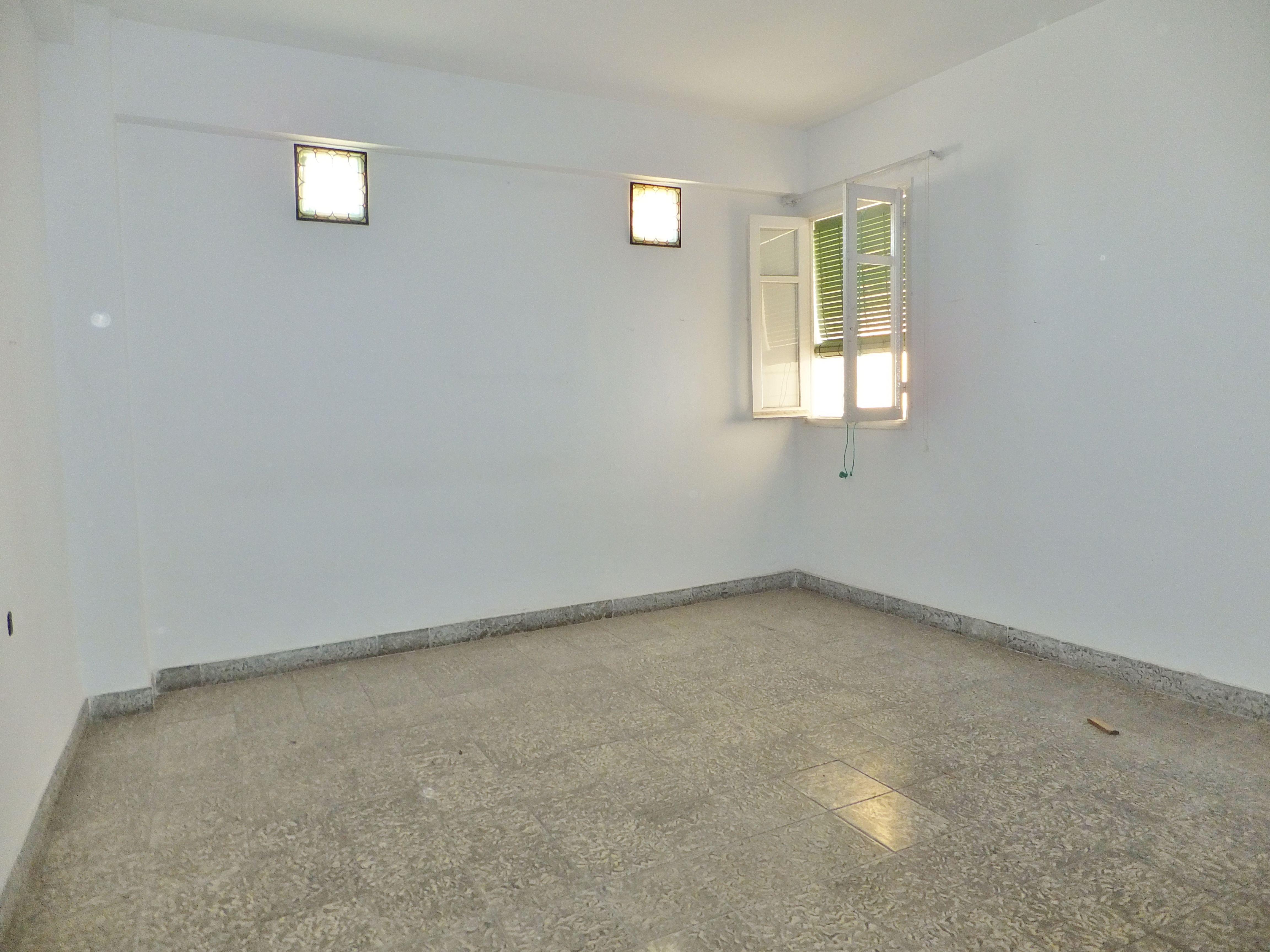 Dscf4312 inmobiliaria piquer for Oficina catastro almeria