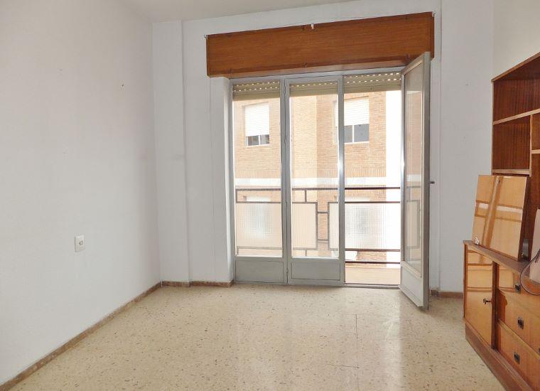 Dscf5062 760 550 inmobiliaria piquer for Oficina catastro almeria