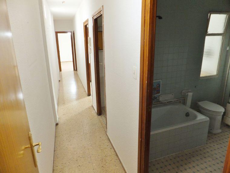 Dscf5067 760 570 inmobiliaria piquer for Oficina catastro almeria