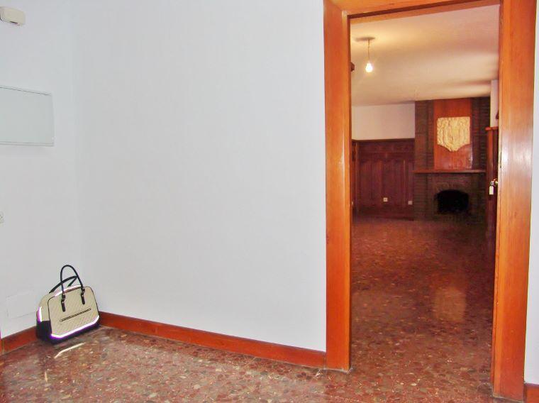 Dsc02241 760 568 inmobiliaria piquer for Oficina catastro almeria
