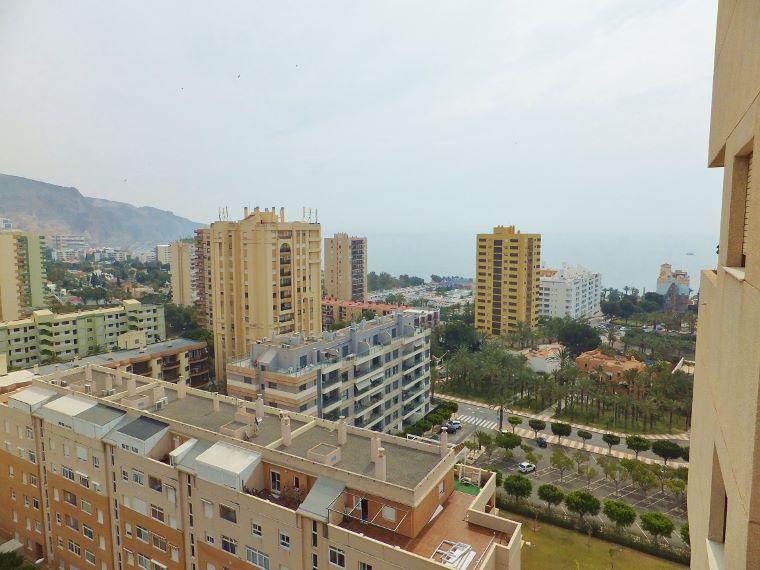 Aguadulce sur 3dormitorios vistas 21 inmobiliaria piquer for Oficina catastro almeria
