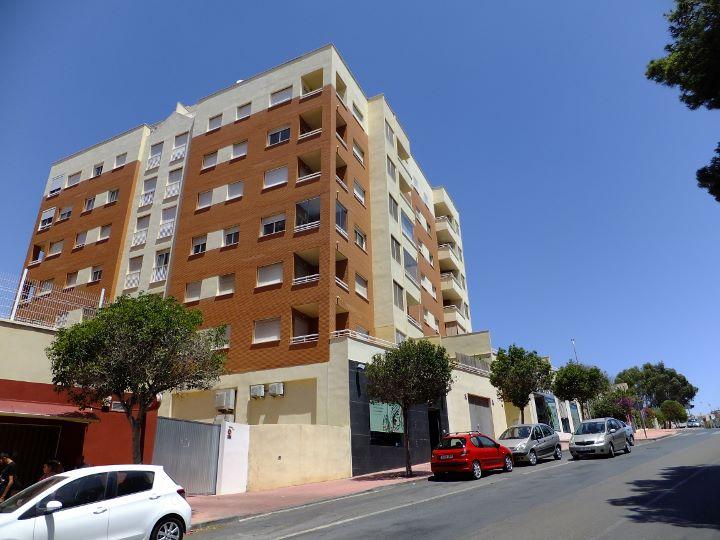 Dscf6522 720 540 inmobiliaria piquer for Oficina catastro almeria