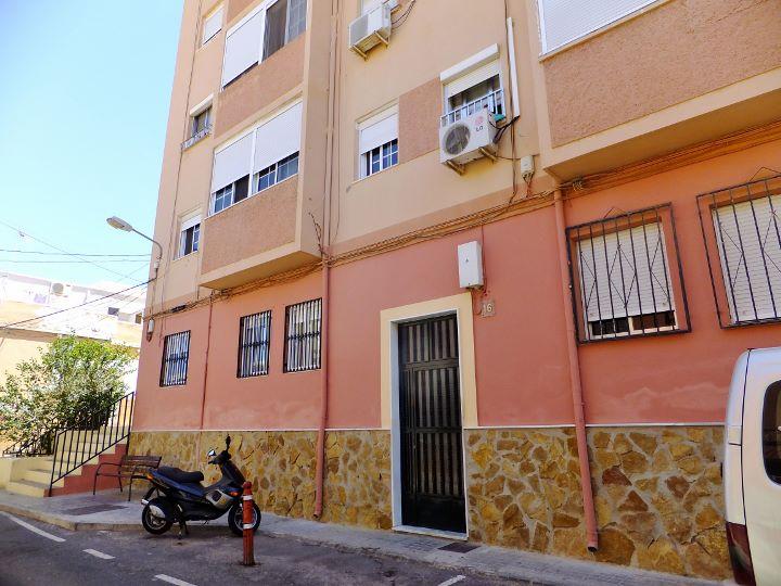 Dscf6525 720 540 inmobiliaria piquer for Oficina catastro almeria