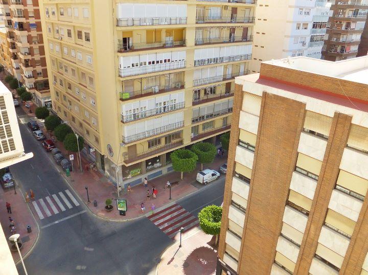 Dscf6782 720 539 inmobiliaria piquer for Oficina catastro almeria