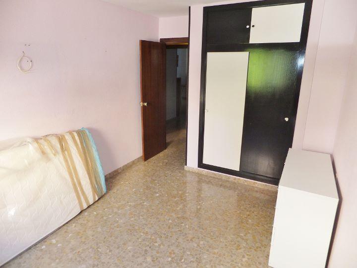 Dscf7079 720 540 inmobiliaria piquer for Oficina catastro almeria