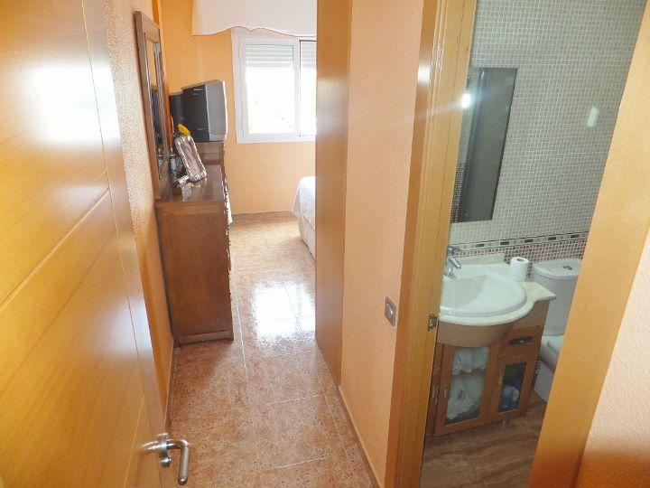 Dscf7307 720 540 inmobiliaria piquer for Oficina catastro almeria
